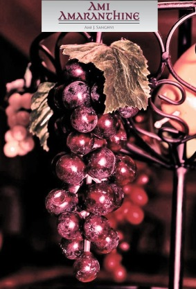 Grapes in amaranthine with logo